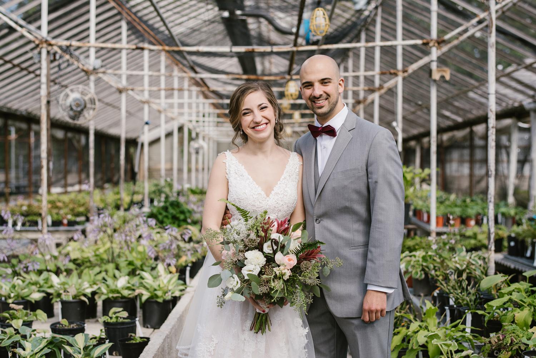 goldner-walsh-greenhouse-wedding-detroit-michigan-photographer (41).jpg