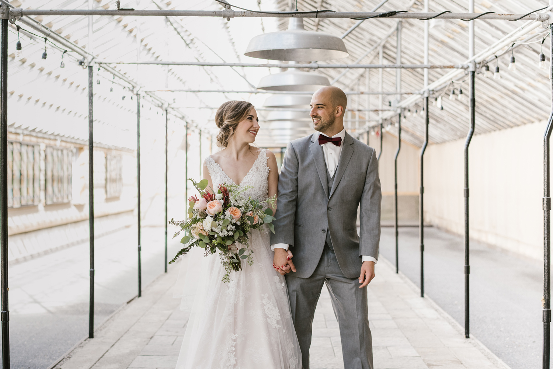 goldner-walsh-greenhouse-wedding-detroit-michigan-photographer (44).jpg