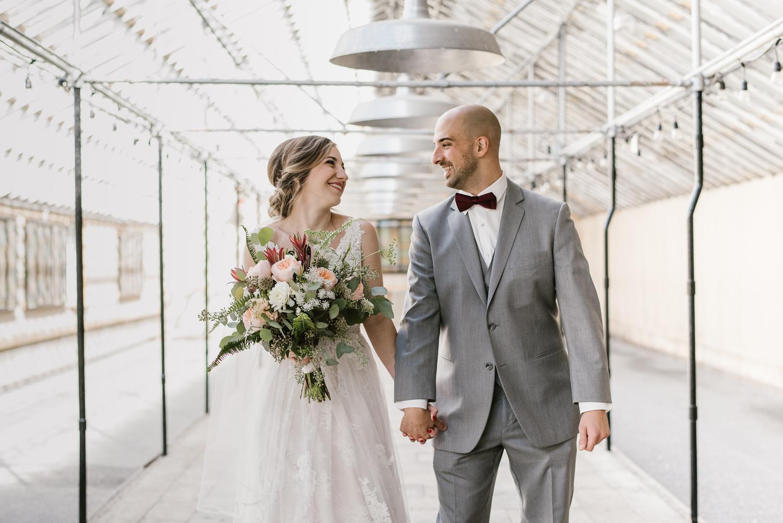 goldner-walsh-greenhouse-wedding-detroit-michigan-photographer (45).jpg