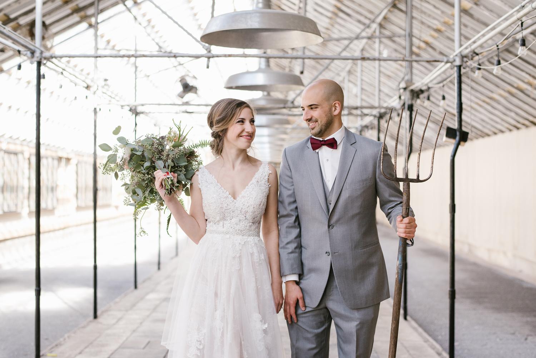 goldner-walsh-greenhouse-wedding-detroit-michigan-photographer (49).jpg