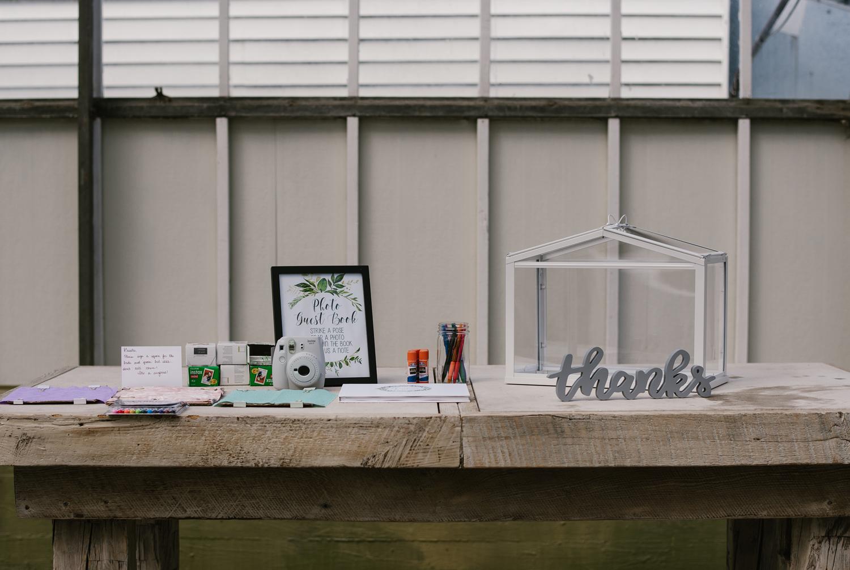 goldner-walsh-greenhouse-wedding-detroit-michigan-photographer (52).jpg