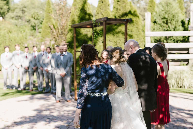 goldner-walsh-greenhouse-wedding-detroit-michigan-photographer (70).jpg