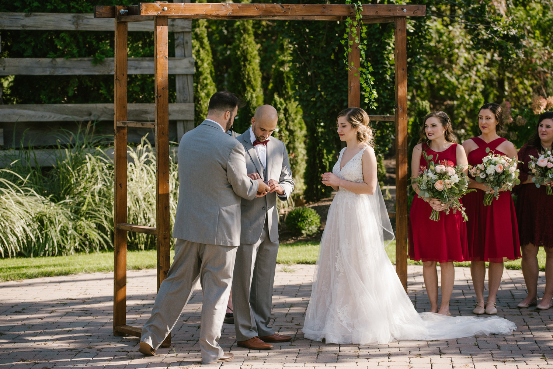 goldner-walsh-greenhouse-wedding-detroit-michigan-photographer (82).jpg