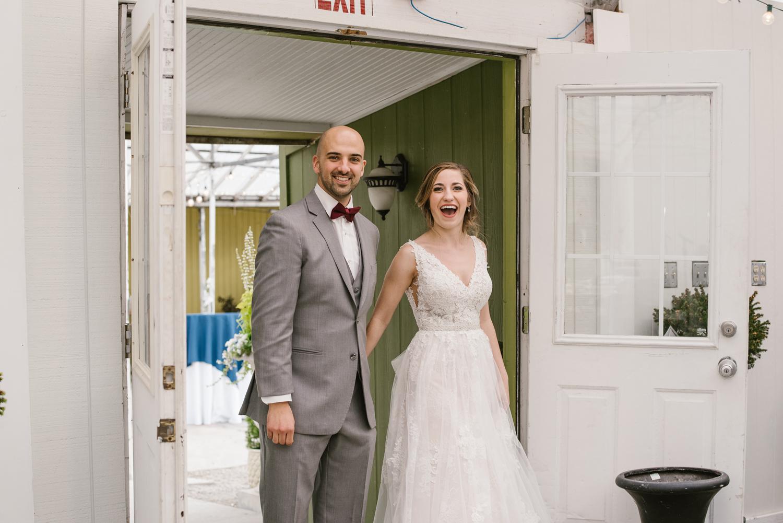 goldner-walsh-greenhouse-wedding-detroit-michigan-photographer (96).jpg