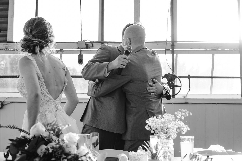 goldner-walsh-greenhouse-wedding-detroit-michigan-photographer (107).jpg