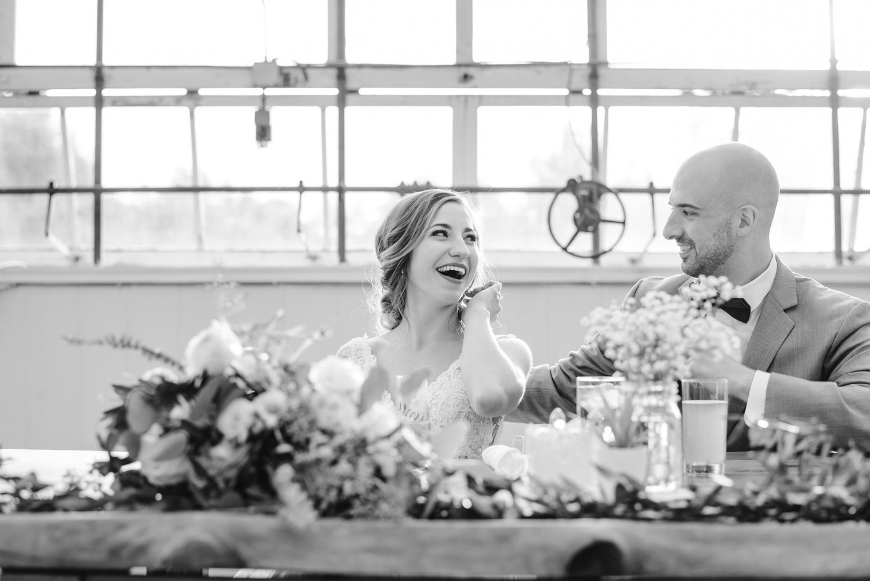 goldner-walsh-greenhouse-wedding-detroit-michigan-photographer (111).jpg