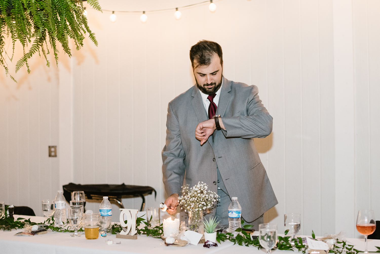 goldner-walsh-greenhouse-wedding-detroit-michigan-photographer (137).jpg