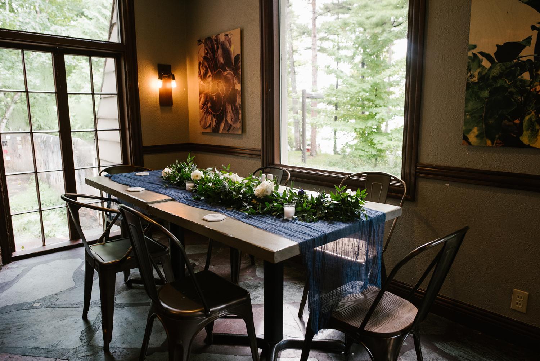 traverse-city-northern-michigan-wedding-mission-table-peninsula-room (3).jpg
