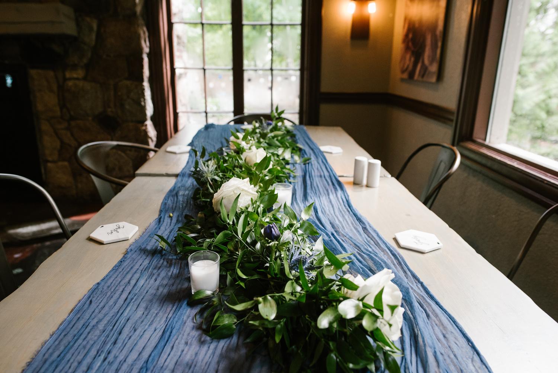 traverse-city-northern-michigan-wedding-mission-table-peninsula-room (5).jpg