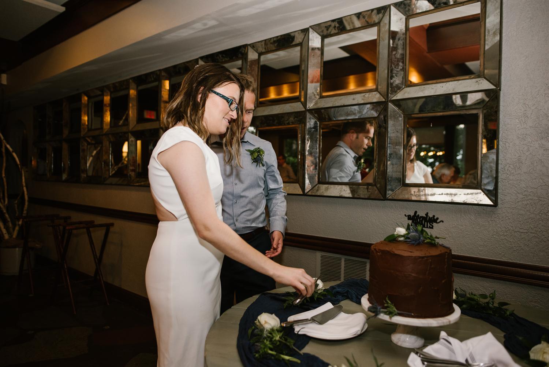 traverse-city-northern-michigan-wedding-mission-table-peninsula-room (41).jpg