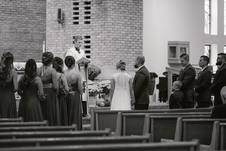 valparaiso-indiana-aberdeen-manor-wedding-photographer (44).jpg