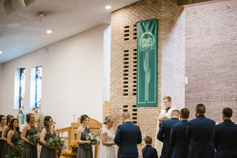 valparaiso-indiana-aberdeen-manor-wedding-photographer (47).jpg