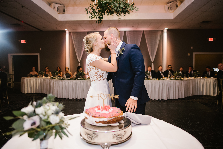 valparaiso-indiana-aberdeen-manor-wedding-photographer (122).jpg