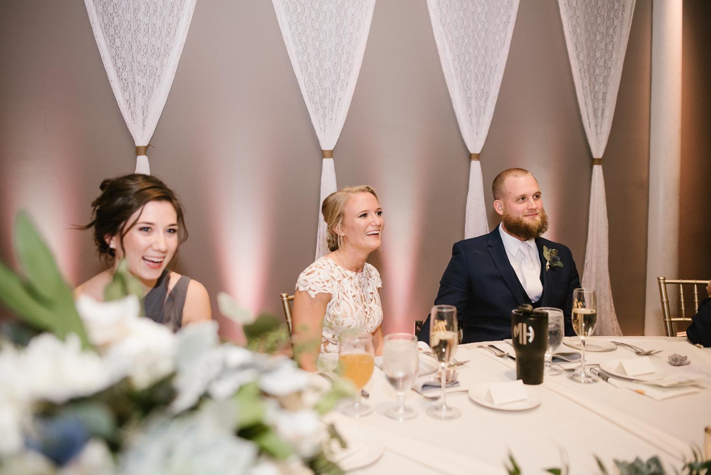 valparaiso-indiana-aberdeen-manor-wedding-photographer (126).jpg