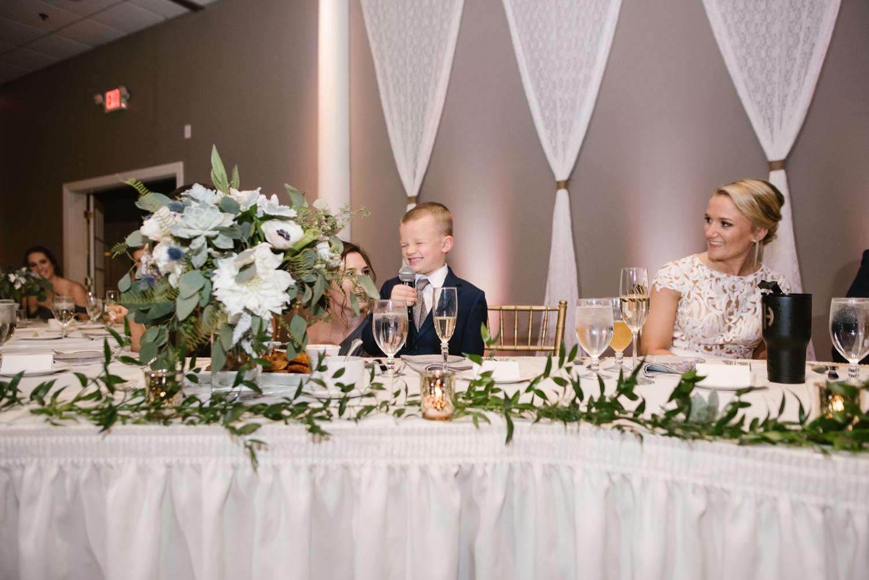 valparaiso-indiana-aberdeen-manor-wedding-photographer (134).jpg