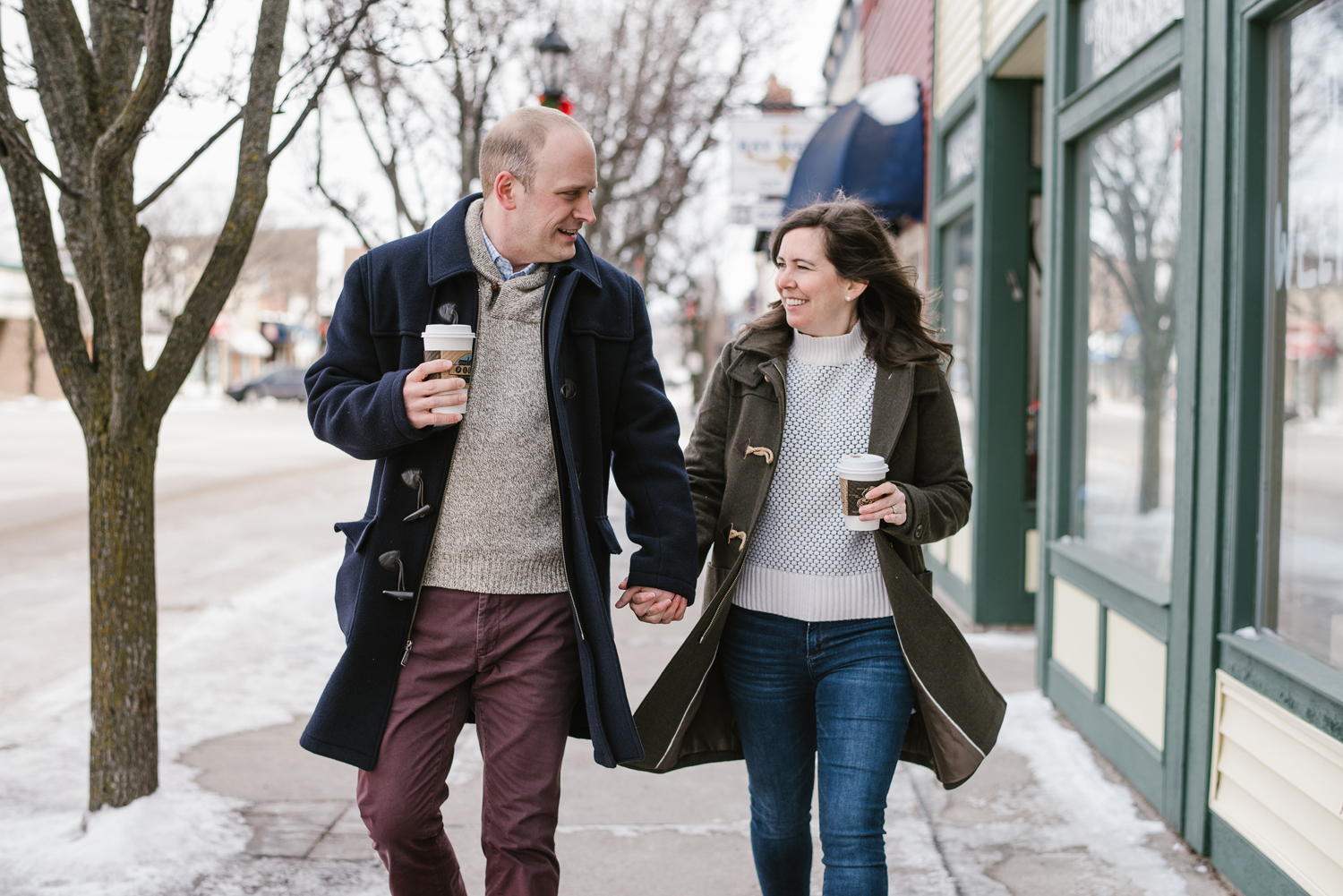 frankfort-michigan-winter-engagement-session (9).jpg