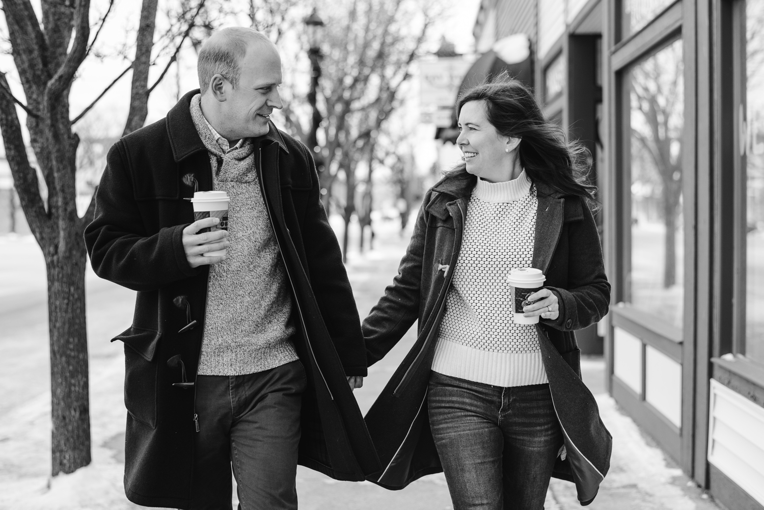 frankfort-michigan-winter-engagement-session (11).jpg