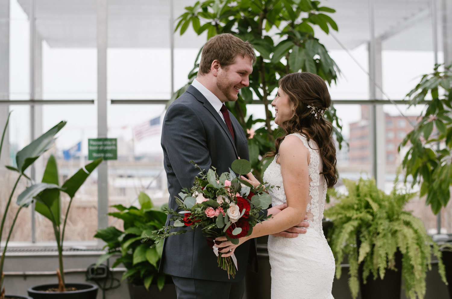 grand-rapids-downtown-market-wedding-photographer (19).jpg