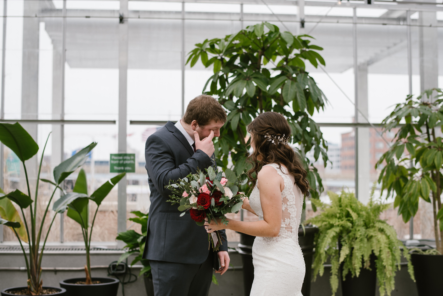 grand-rapids-downtown-market-wedding-photographer (20).jpg