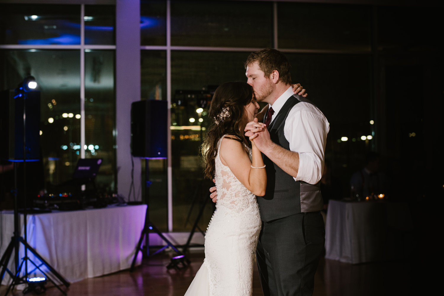 grand-rapids-downtown-market-wedding-photographer (165).jpg