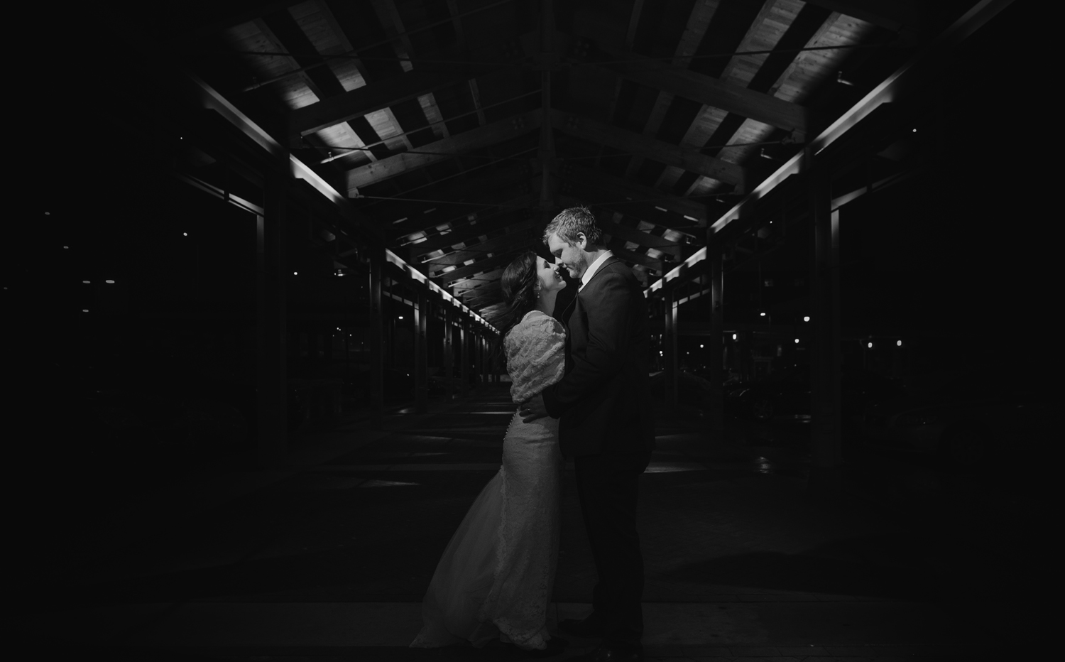 grand-rapids-downtown-market-wedding-photographer (203).jpg