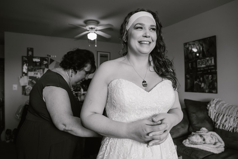 detroit-michigan-lgbt-wedding-photographer (15).jpg