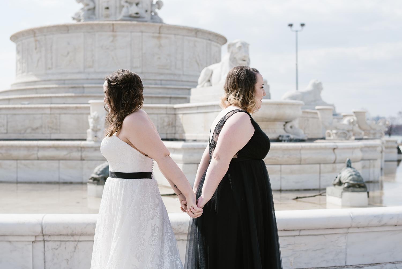 detroit-michigan-lgbt-wedding-photographer (17).jpg