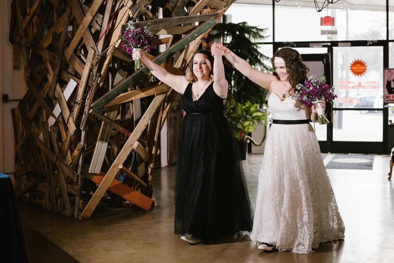 detroit-michigan-lgbt-wedding-photographer (111).jpg