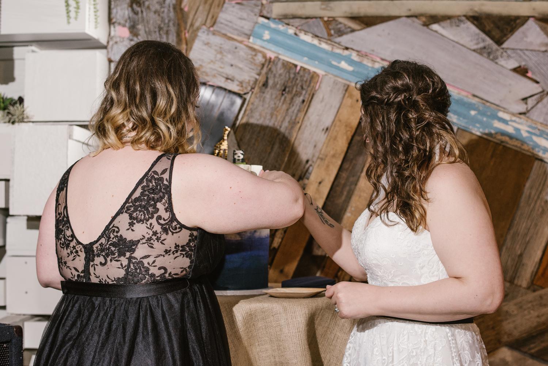detroit-michigan-lgbt-wedding-photographer (116).jpg