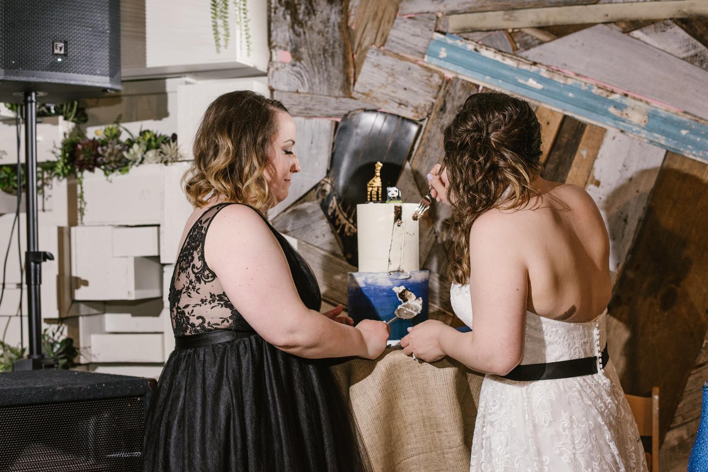 detroit-michigan-lgbt-wedding-photographer (117).jpg