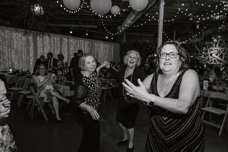 detroit-michigan-lgbt-wedding-photographer (174).jpg