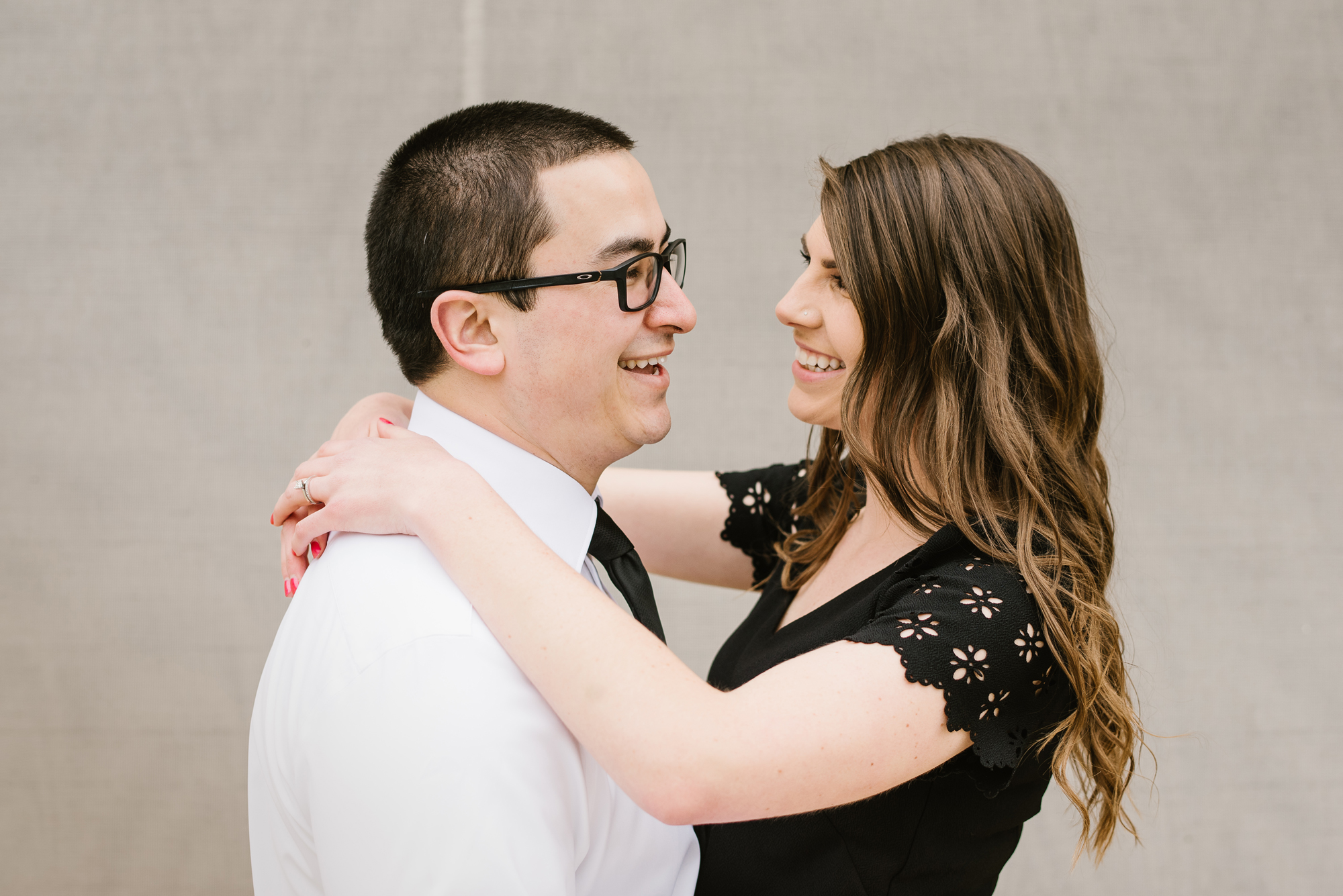 grand-rapids-downtown-spring-engagement-session (14).jpg