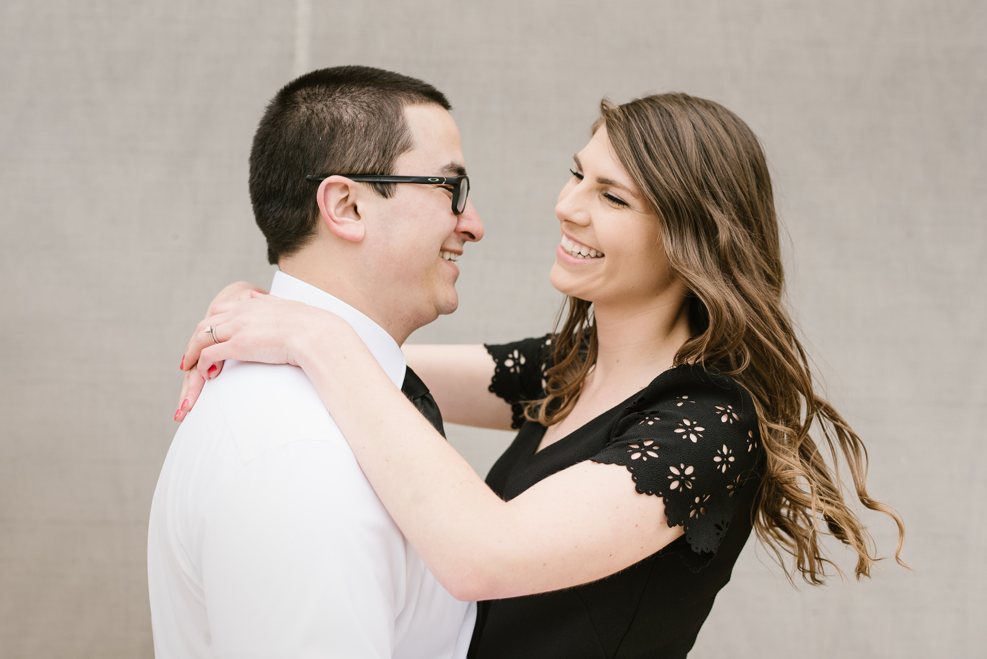 grand-rapids-downtown-spring-engagement-session (15).jpg