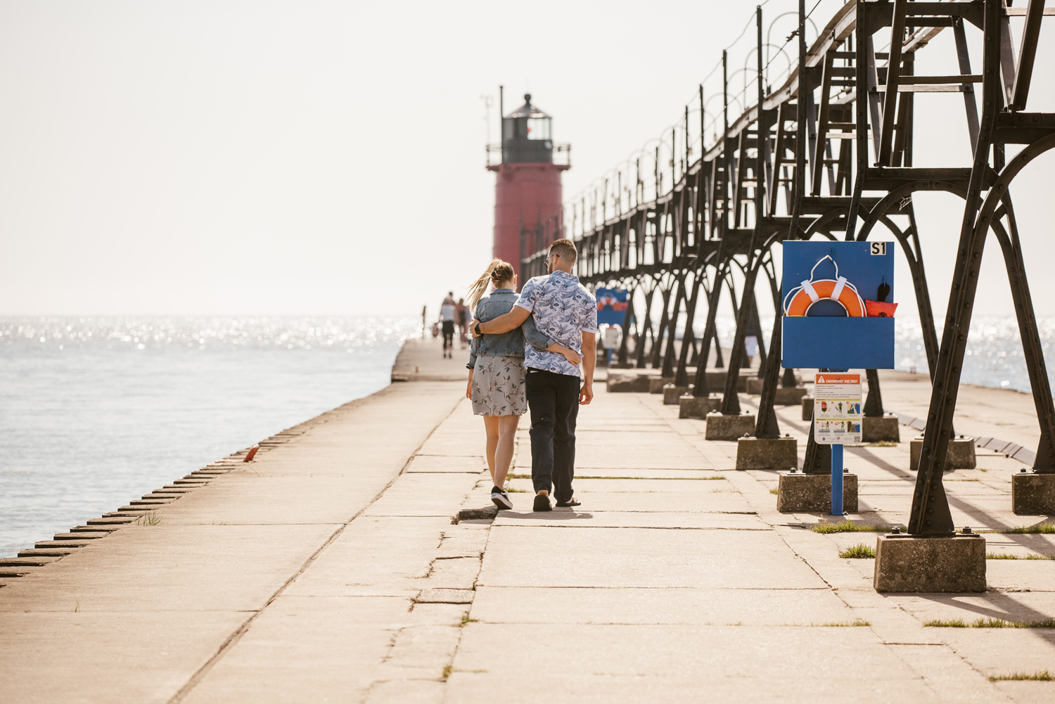 South-Haven-Michigan-Proposal-Engagement-Photographer (3).jpg