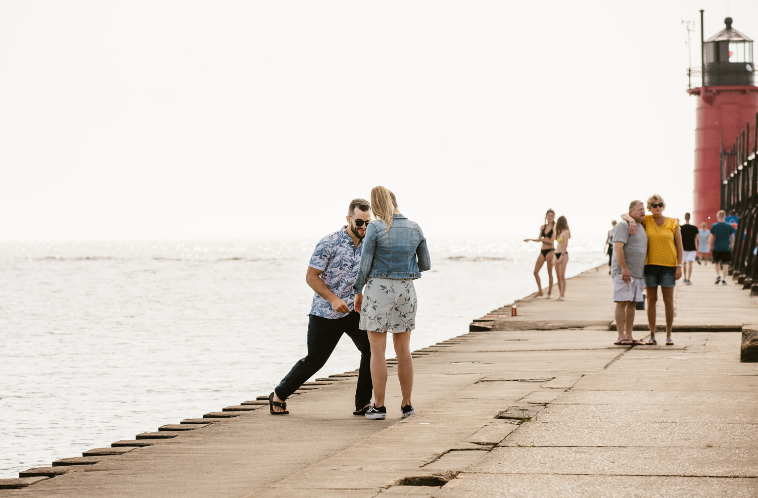 South-Haven-Michigan-Proposal-Engagement-Photographer (9).jpg