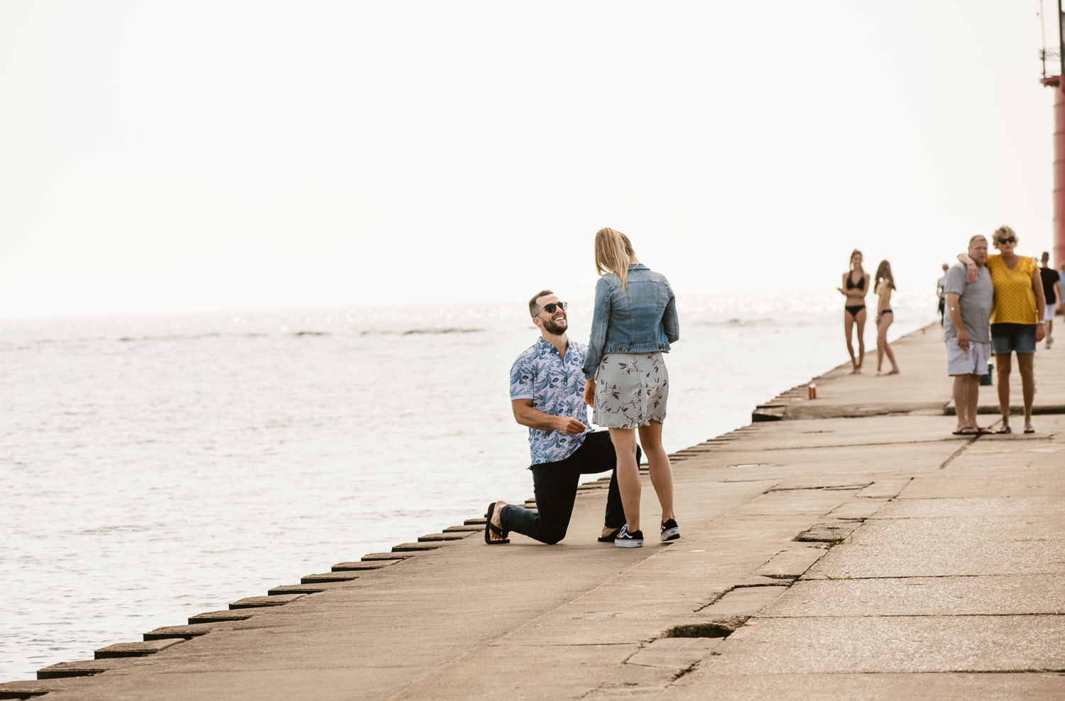 South-Haven-Michigan-Proposal-Engagement-Photographer (10).jpg