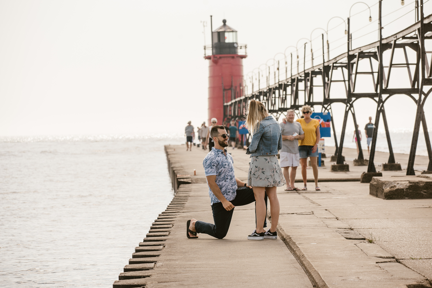 South-Haven-Michigan-Proposal-Engagement-Photographer (26).jpg