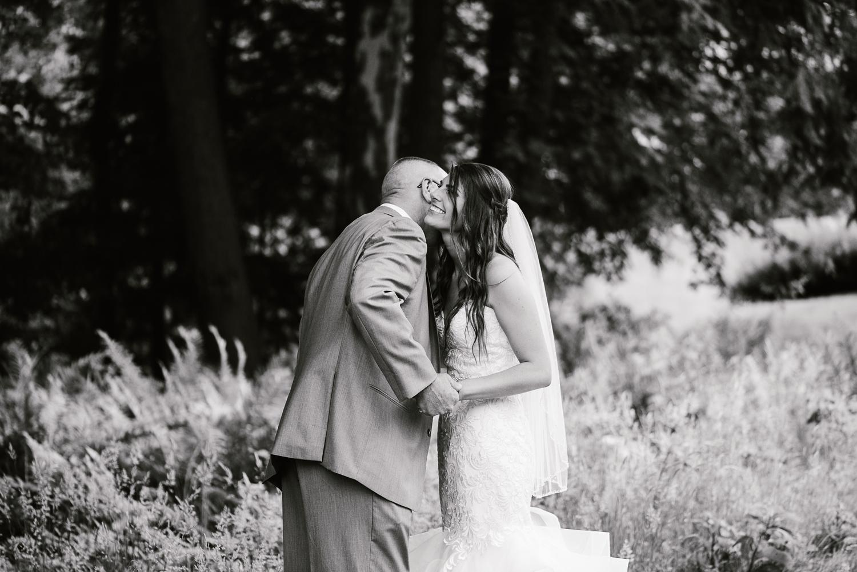 ravines-golf-club-wedding (92).jpg