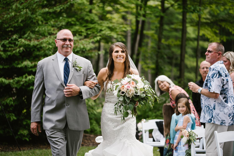 ravines-golf-club-wedding (114).jpg