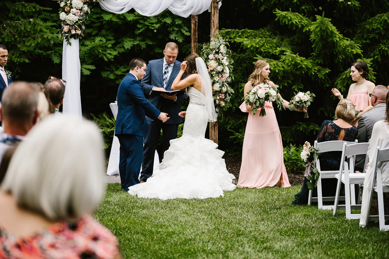 ravines-golf-club-wedding (124).jpg