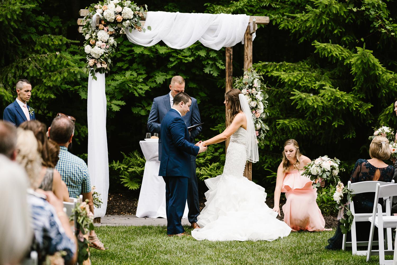 ravines-golf-club-wedding (125).jpg