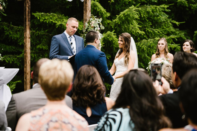 ravines-golf-club-wedding (127).jpg