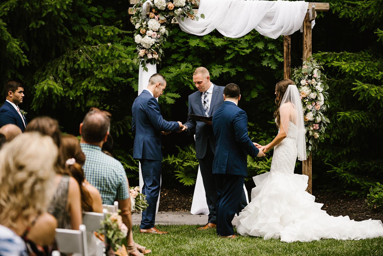 ravines-golf-club-wedding (128).jpg