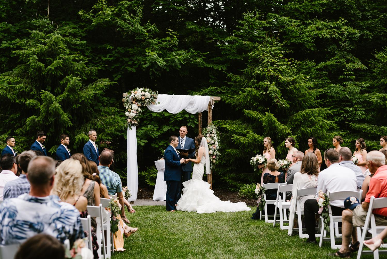 ravines-golf-club-wedding (130).jpg