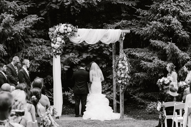 ravines-golf-club-wedding (134).jpg