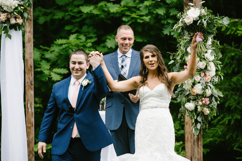 ravines-golf-club-wedding (142).jpg