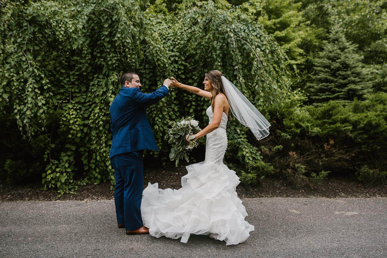 ravines-golf-club-wedding (146).jpg