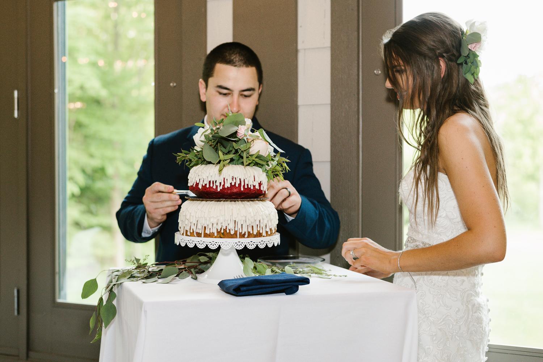 ravines-golf-club-wedding (168).jpg