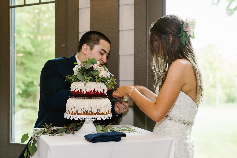 ravines-golf-club-wedding (170).jpg