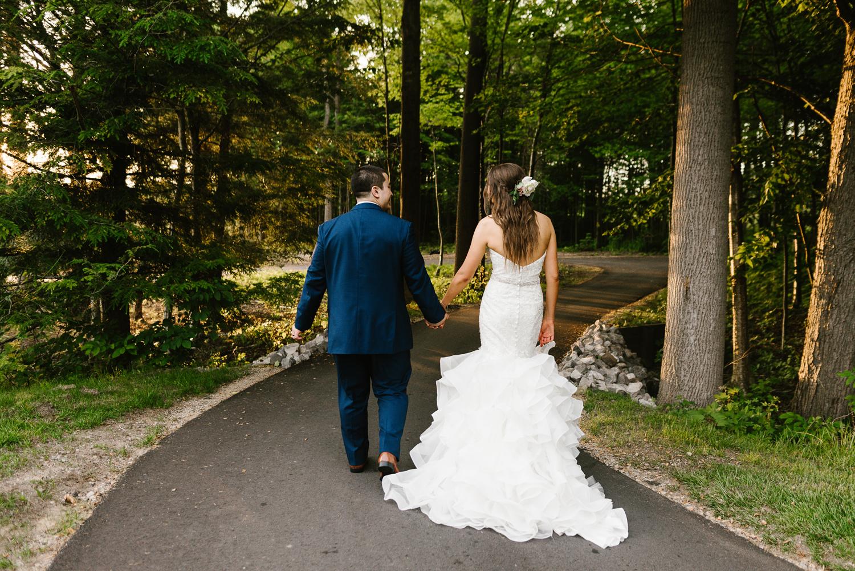 ravines-golf-club-wedding (207).jpg